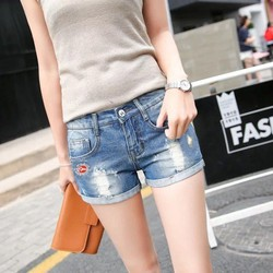 Quần short jeans nữ đẹp y hình