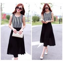 Đầm xòe dún sọc trắng đen quyến rũ