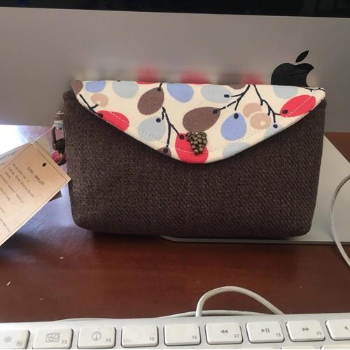 VI80 - Covi ví cầm tay handmade họa tiết chùm nho