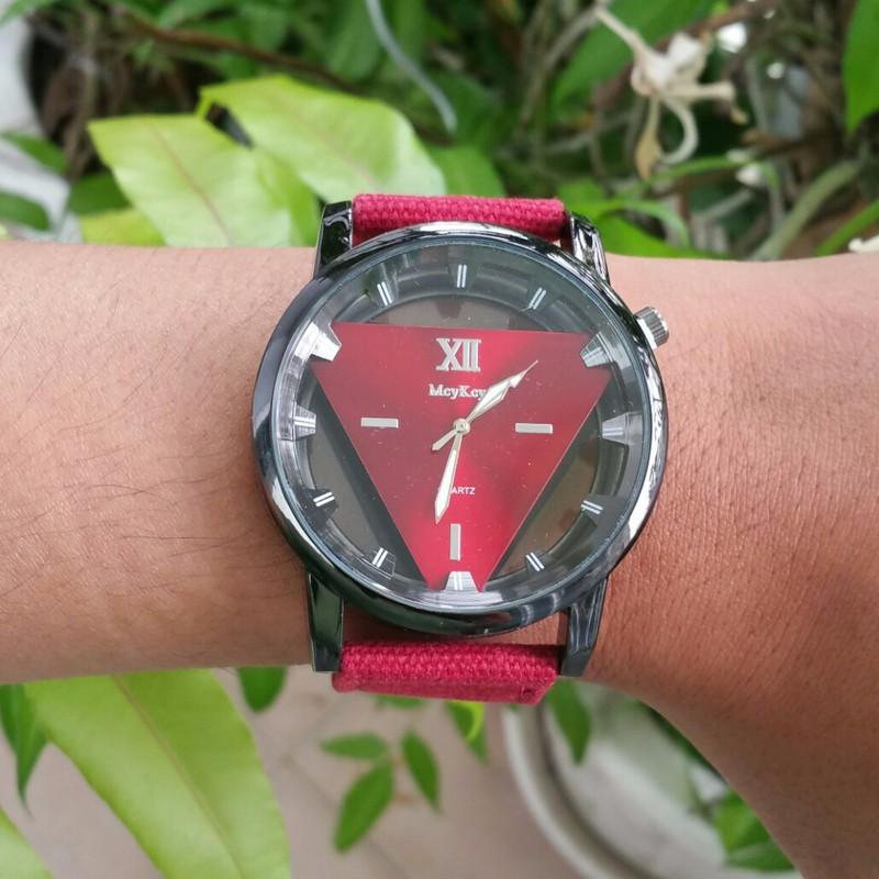 Đồng hồ nam dây vải , đồng hồ tam giác McyKcy 17