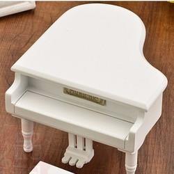 hộp nhạc gỗ piano