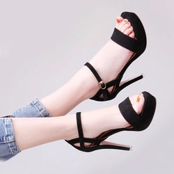 Giày cao gót hậu khoét bên hông thời trang korea