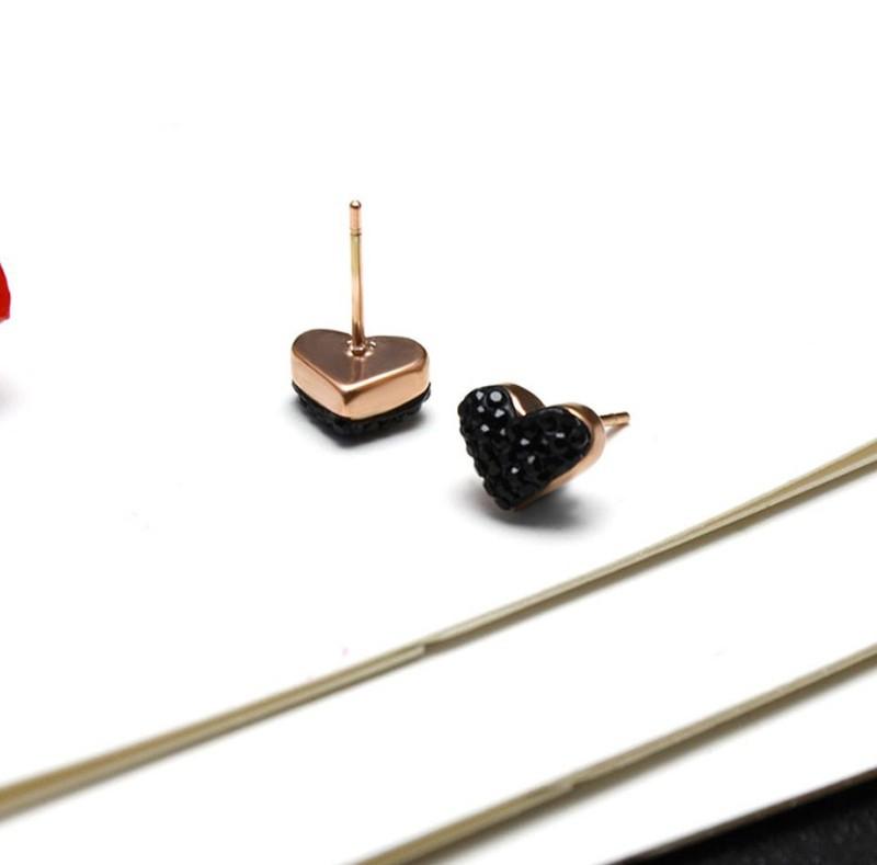 Bông Tai Titan Trái Tim Đen TT 1028 4