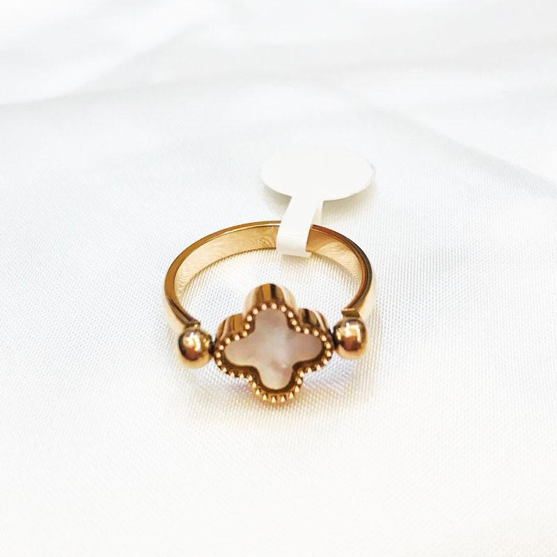 Nhẫn Cỏ 4 Lá Đeo 2 Mặt Trắng Đen Titan Cao Cấp TT 1055 2