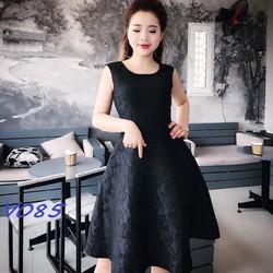 Váy đầm họa tiết hoa văn