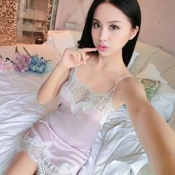 Váy ngủ 2 dây sexy có phần ngực khoét sâu