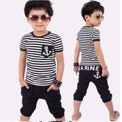 Set áo và quần thủy thủ cho bé trai