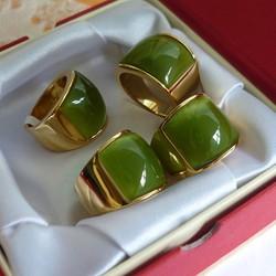 Nhẫn nam mặt đá xanh rau má.