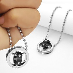 Mặt dây chuyền inox 2 chiếc nhẫn lồng trắng đen - MD052