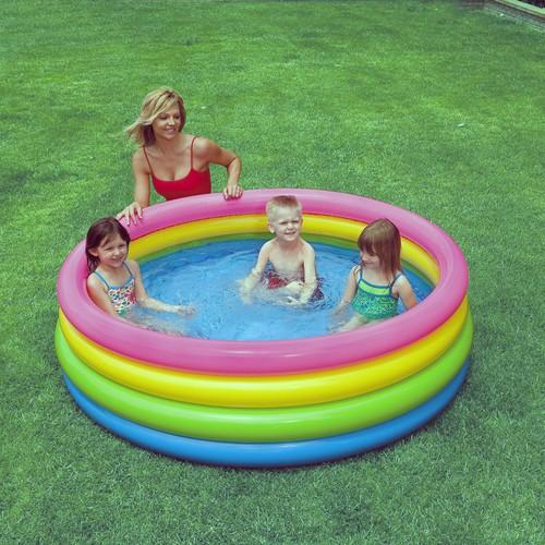 bể bơi cầu vồng 4 tầng