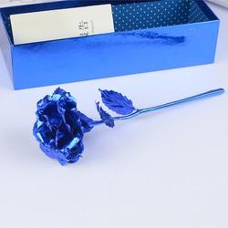 Hộp quà hoa hồng bông màu xanh cung cấp bởi WinWinShop88