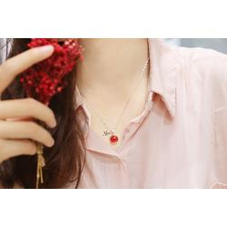 Dây chuyền bán cầu hoa trân châu đỏ