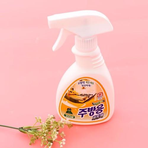 Xịt đa năng tẩy rửa nhà bếp Sandokkaebi 300ml - Hàn Quốc