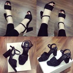sandal quai nhũ charles and keith