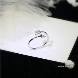 Nhẫn mũi tên đeo tay nữ thời trang, mới cá tính, kiểu dáng tự tin