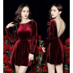Đầm xoè nhung đỏ hở lưng