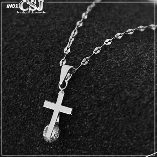 dây chuyền nữ thánh giá