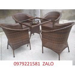 chuyên sản xuất bàn ghế có rất nhiều mẫu bán tại cty