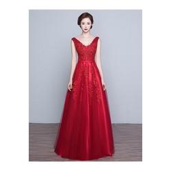 Đầm dạ hội kiểu cổ V hở lưng xoè rộng