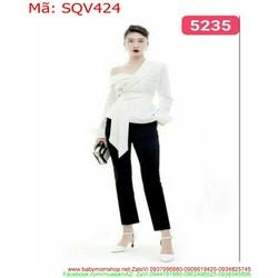 Sét áo kiểu lệch vai kiểu sành điệu và quần lửng thời trang SQV424