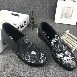 Giày lười nam thời trang đen trắng sành điệu 08 - họa tiết chim lửa