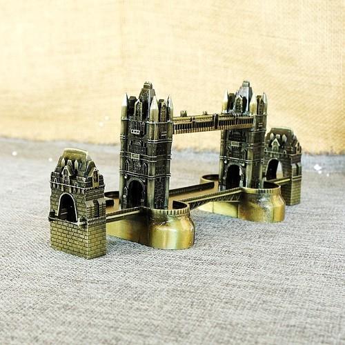 Mô hình cầu tháp Luân Đôn cao 10 cm Màu Vàng Rêu bởi Winwinshop88