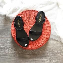 Giày sandal đế bệt nữ thời trang