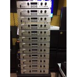 Vang số liền công suất BK-AT8250 : 450w X 4 kênh
