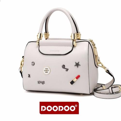 Túi xách tay nữ chính hãng DooDoo Sendo thời trang công sở,  túi xách tay nữ cao cấp, túi xách tay nữ lata, túi xách tay nữ đẹp, túi xách tay nữ giá rẻ, túi đeo chéo nữ xách tay, Túi xách tay nữ hàng  - 5450808 , 9127780 , 15_9127780 , 980000 , Tui-xach-tay-nu-chinh-hang-DooDoo-Sendo-thoi-trang-cong-so-tui-xach-tay-nu-cao-cap-tui-xach-tay-nu-lata-tui-xach-tay-nu-dep-tui-xach-tay-nu-gia-re-tui-deo-cheo-nu-xach-tay-Tui-xach-tay-nu-hang-hieu-giam-gia-f