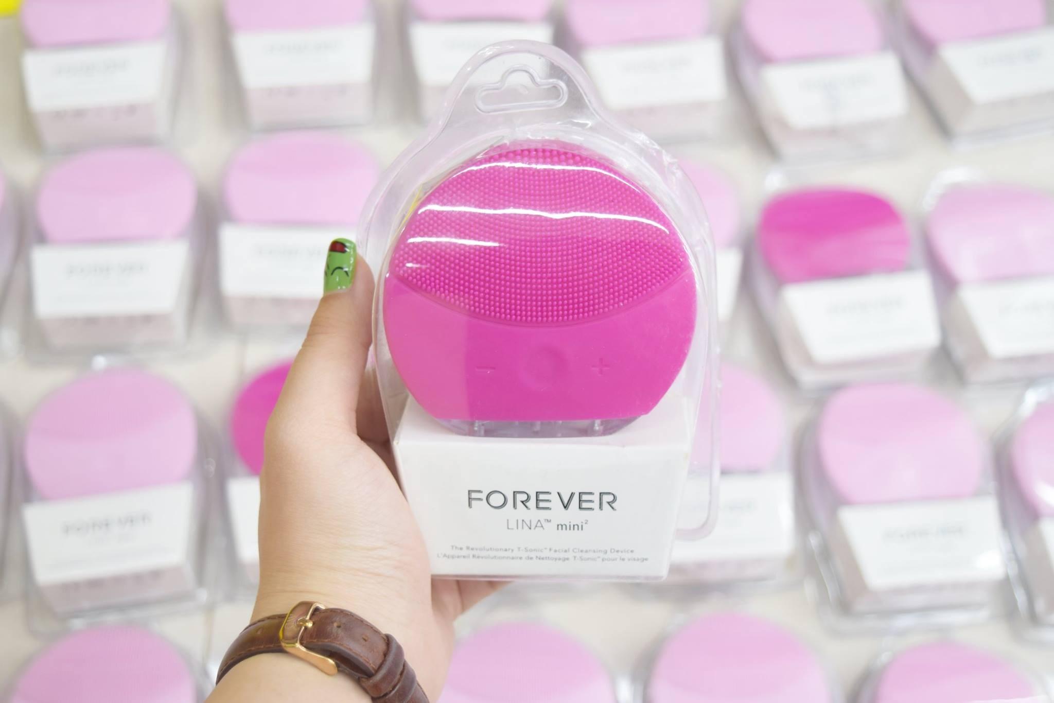 máy rửa mặt forever 1