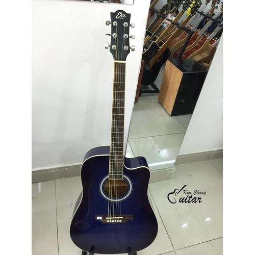 Đàn guitar acoustic Eko màu xanh