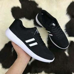 Giày đás nam siêu nhẹ êm chân