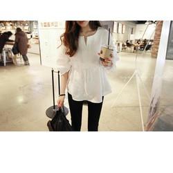 Áo trắng cổ chữ T