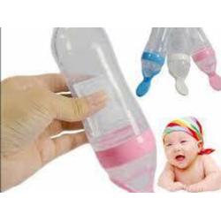 Bình bón sữa, cháo cho en bé