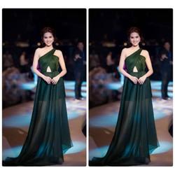 Đầm dạ hội lệch vai Ngọc Trinh
