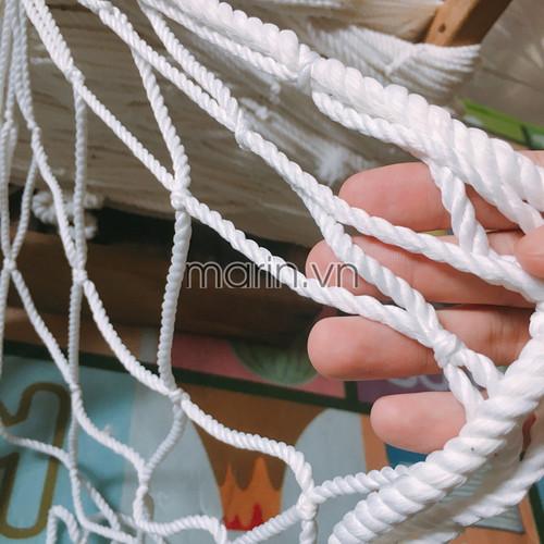 Lưới chắn cầu thang mắt lưới 10cm x 10cm khổ 80cm x 10m