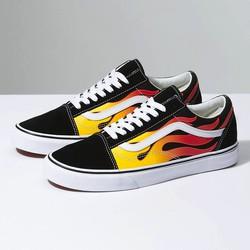 Giày Vans Sneaker màu đen hoạ tiết hình Lửa cực phong cách cho nam nữ