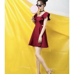 Đầm sara khoét vai xinh xắn dễ thương