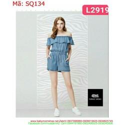Sét áo kiểu bẹt vai ngang và quần short denim sành điệu SQ134