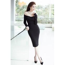 Đầm ôm body Ngọc Trinh thiết kế tay dài vai ngang