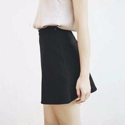 Váy đen chữ A đơn giản