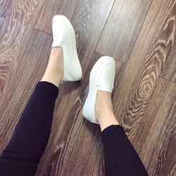 Giày slip on nữ đế bánh mì