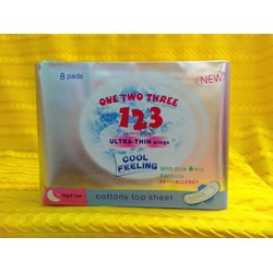 Băng Vệ Sinh One Two Three Johnson USA ban đêm