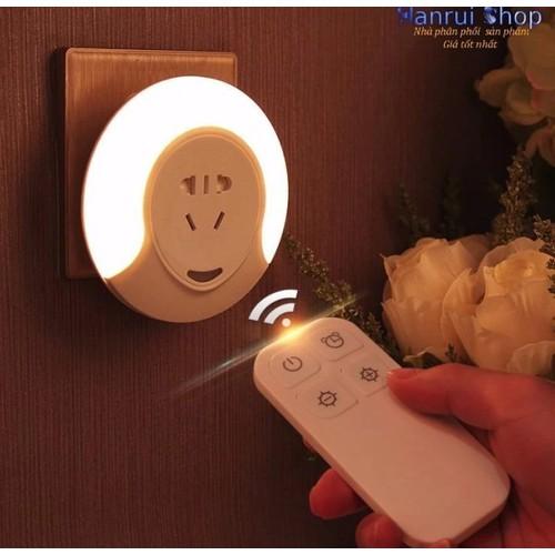 Worldmart ổ cắm điện kiêm đèn ngủ điều khiển và hẹn giờ từ xa cao cấp
