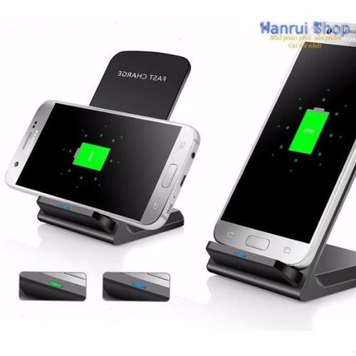 Worldmart đế sạc nhanh không dây fast charge  cho các dòng điện thoại cao cấp