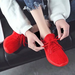 Giày thể thao nữ cực đẹp