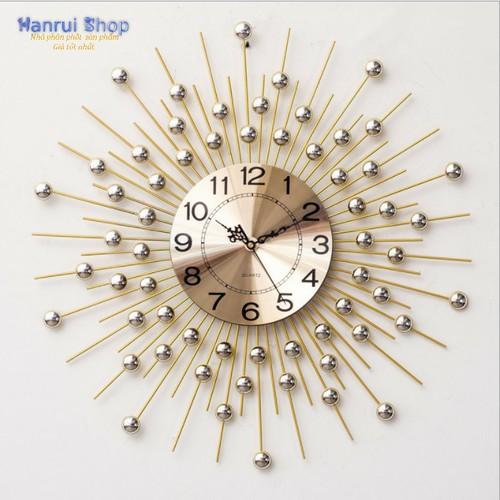 Đồng hồ treo tường nghệ thuật trang trí tường 2018 - best seller tony