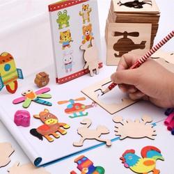 Bộ khuôn hình 50 chi tiết cho bé tập vẽ kèm Vỡ, bút, màu 12 cây