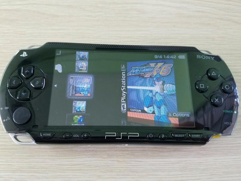 Máy chơi game PSP 1000 đã hack chơi đủ loại game Loại Tốt 8