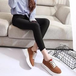 Giày nữ đơn giản